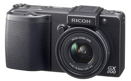 Ricoh GX200, profesjonalny kompakt