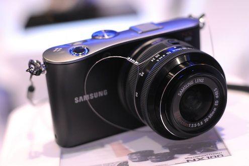 Samsung NX100 - pierwsze wrażenia