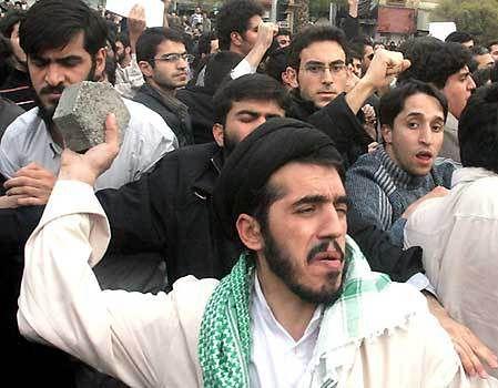 0-22-040107-iran-protest