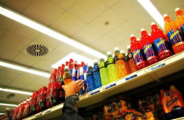 Energy drinki - co zawierają, i czy są bezpieczne? (fot.: sxc.hu)