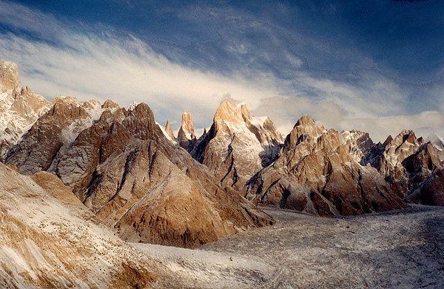 Lodowiec Baltoro w Karakorum, płn. Pakistan (fot. bogavanterojo CC-BY)