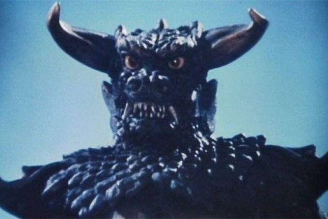 Bardzo groźny potwór Pulgasari