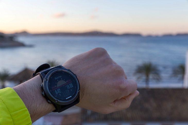 Co to jest smartwatch? Omawiamy najpopularniejsze funkcje