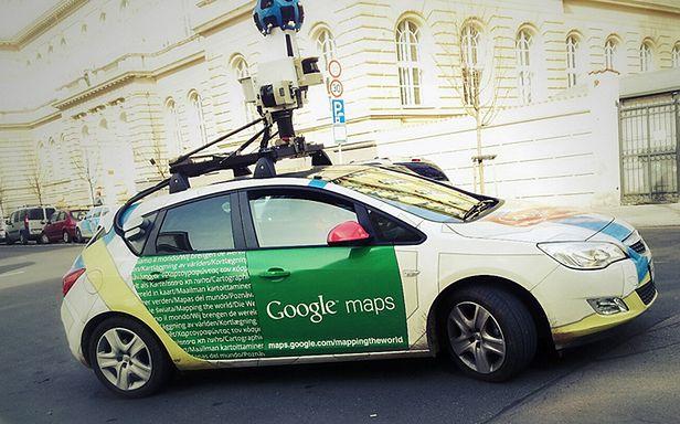 Wtf Dnia Dwunozny Kot Znaleziony W Google Street View Zdjecie