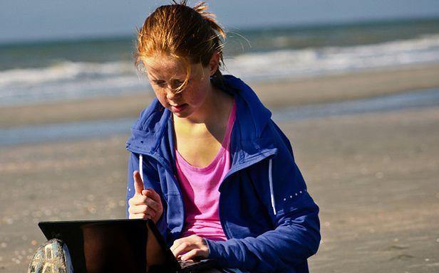 Darmowy Internet na plaży? Nie dla Polaków (Fot. Flickr/Spree2010/Lic. CC by)