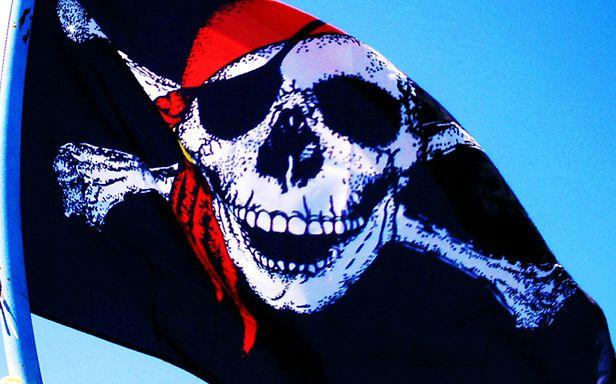 Czy piractwo niedługo całkiem zniknie? (Fot. Flickr/therapycatguardian/Lic. CC by-sa)