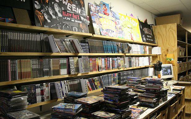 Płyty DVD to już przeżytek? (Fot. Flickr/feverblue/Lic. CC by-sa)