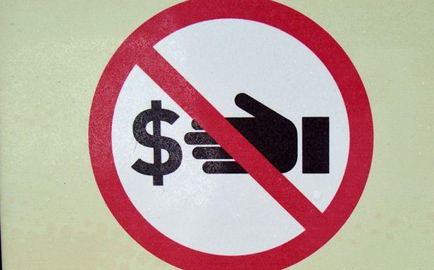 Czego jeszcze zabroni Ci Facebook? (Fot. Flickr/Neubie/Lic. CC by)
