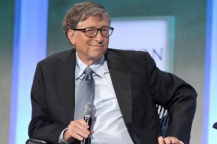 Zdjęcie Billa Gatesa pochodzi z serwisu Shutterstock