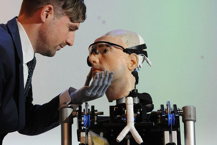 Bertolt Meyer i Rex / ripleys.com