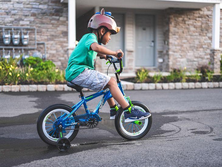 Podpowiadamy, jaki rower dla 5-latka wybrać