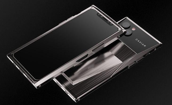 Caviar przedstawia przerobiony model iPhone 11 Pro i 11 Pro Max. Stylizowany samochodem Tesla Cybertruck