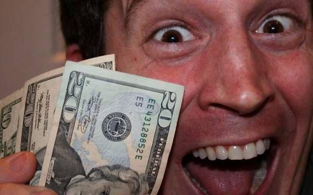 Każdy może zarabiać razem z YouTube (Fot. WillVideoForFood.com)