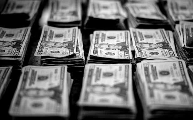 Ile kosztują najdroższe domeny 2011 roku? (Fot. Flickr/Stuart Conner/Lic. CC by-nd)