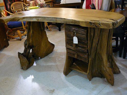 Drzewne biurko