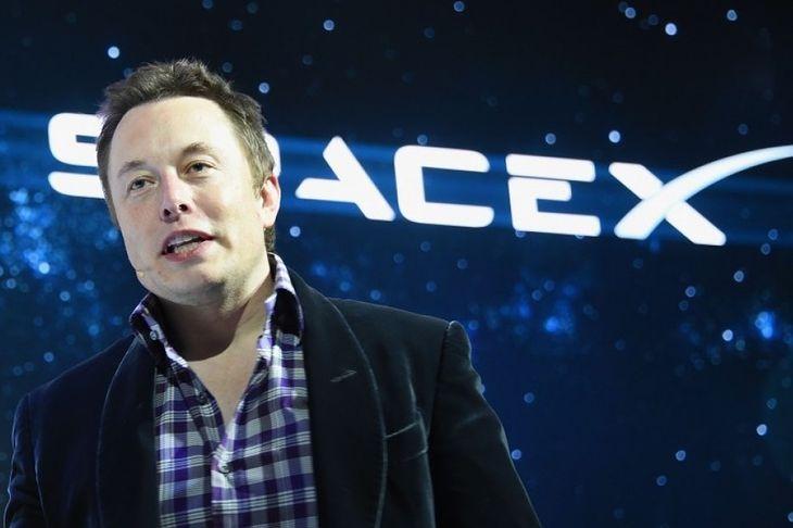 Elon Musk świętuje wielki sukces! SpaceX odzyskała rakietę, która wyniosła ładunek na orbitę