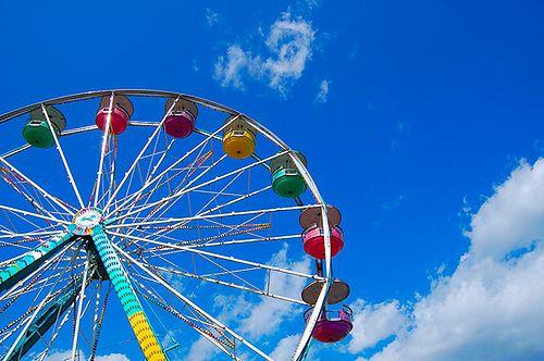ferris wheel by svenstorm (cc by-nd)
