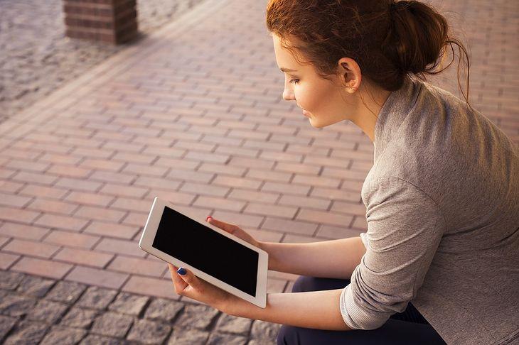 Duże tablety to doskonałe centrum mobilnej rozrywki