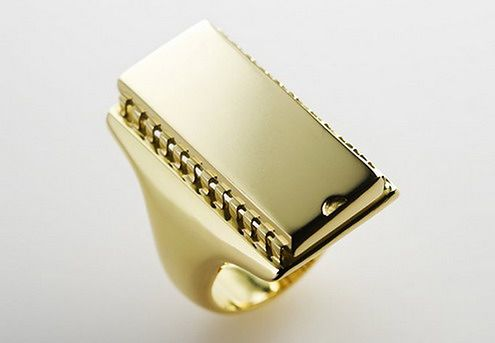 golden-computer-chip-ring