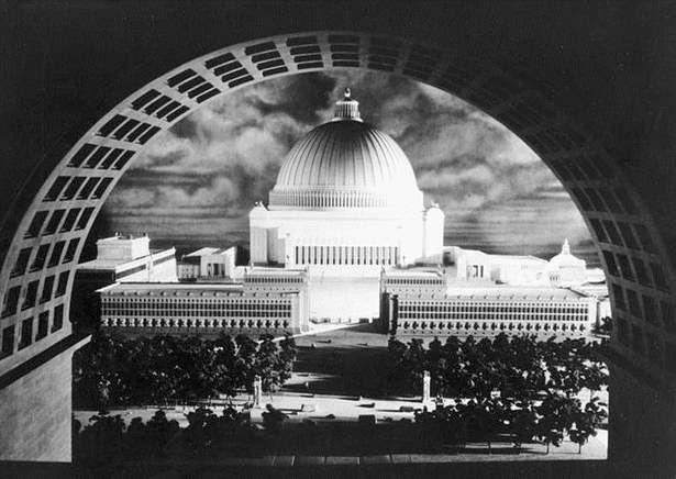Najbardziej okazały budynek nowej stolicy miał pomieścić 180 tys. ludzi (Fot. Bundesarchiv.de)