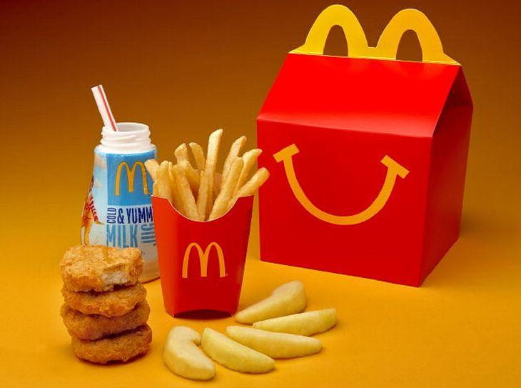 McDonald's zapowiada zmiany. Plastikowe zabawki znikną z zestawów Happy Meal