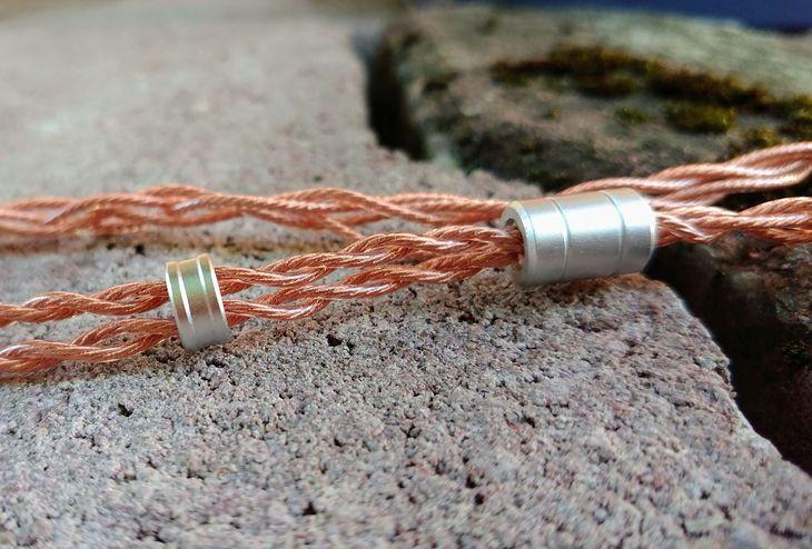 iBasso IT01 (kabel z zestawu)