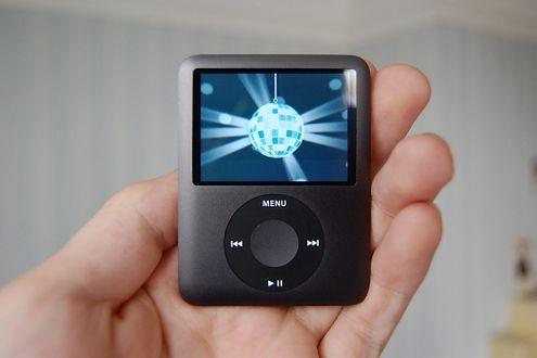 iPod Nano (Fot. Flickr/Andrew/Lic. CC by)