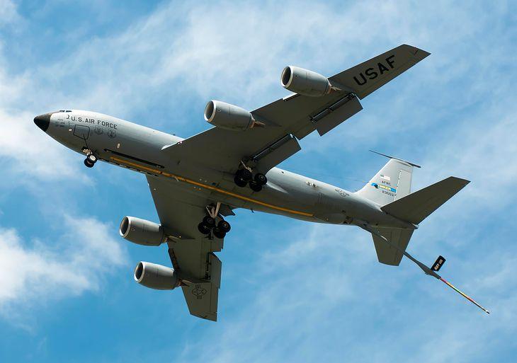Latająca cysterna KC-135 Stratotanker