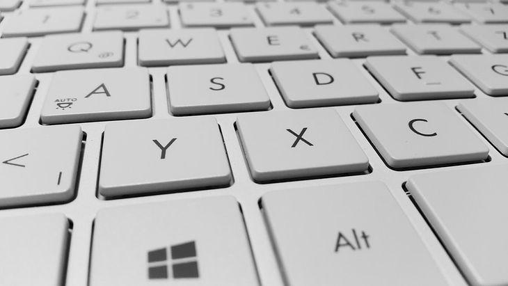 Decyzja o tym, jaki laptop wybrać, powinna być uzależniona od potrzeb użytkownika i jego możliwości finansowych