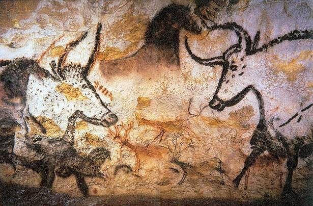 Naskalne malowidła z późnego paleolitu - jaskinia Lascaux we Francji (Fot. Wikimedia Commons)