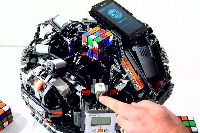Lego Cubestormer 2 - poprzednik aktualnego rekordzisty