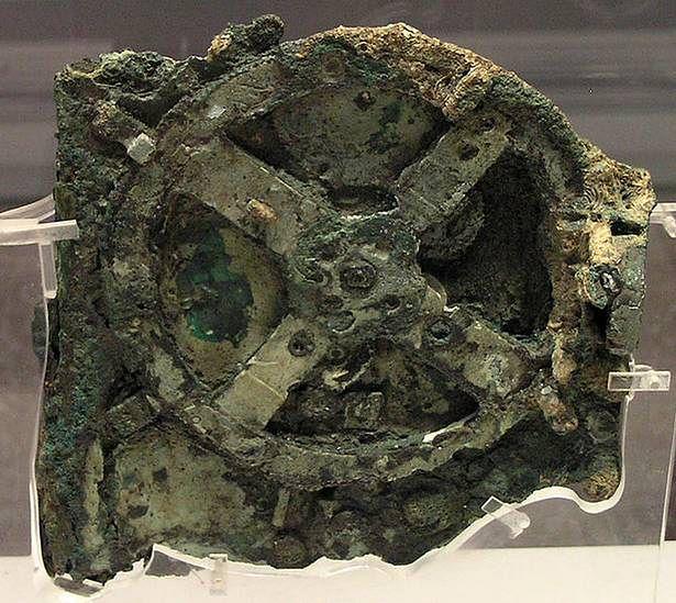 Mechanizm z Antykithiry (Fot. Wikimedia Commons)