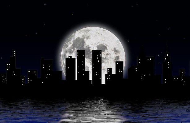 Szukasz życia - obserwuj księżyce (fot.: sxc.hu)