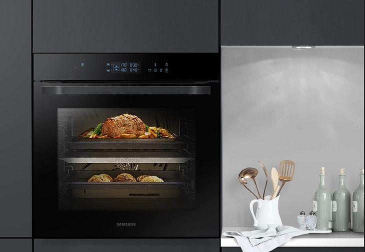 Piekarnik do zabudowy - na zdjęciu Samsung Dual Cook