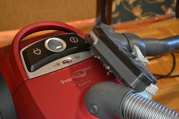 Odkurzacz workowy jest popularnym i funkcjonalnym urządzeniem