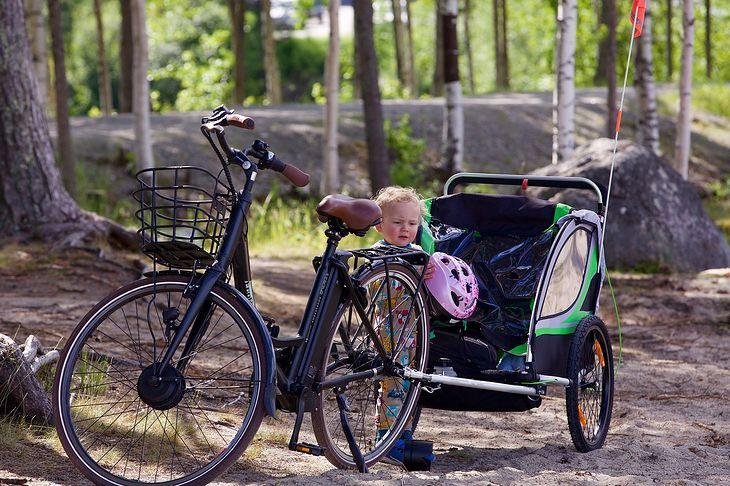Nasza pociecha może bez problemów jeździć z nami na wycieczki rowerowe