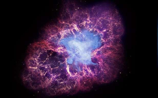 Gwiazda neutronowa - pulsar -  w centrum Mgławicy Kraba (Fot. NASA.gov)