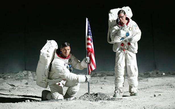 Muzycy też mają swój udział w eksploracji Księżyca! (Fot. Rammstein.com)