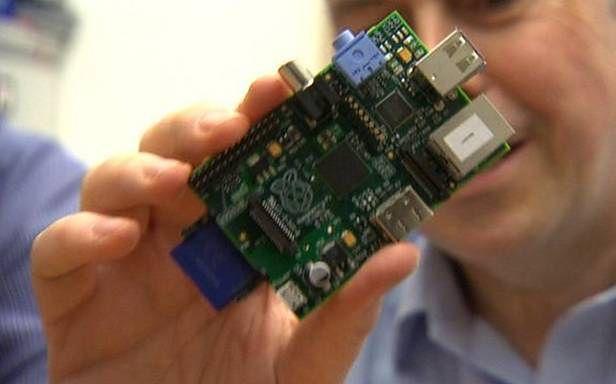 Raspberry Pi jest już dostępny! (Fot. Digitalhen.co.uk)