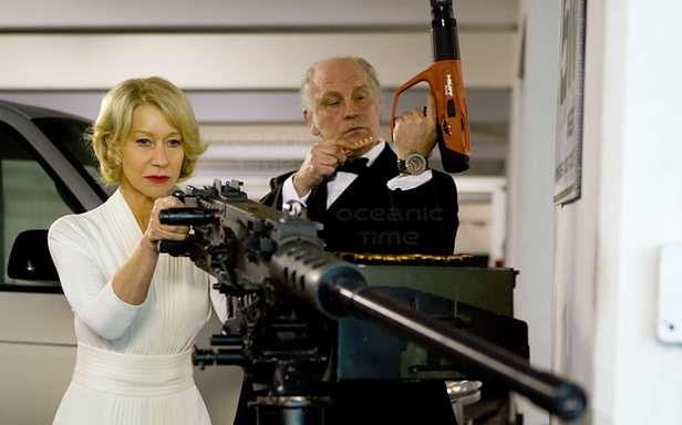 Helen Mirren i John Malkovich nie uznają półśrodków (Kadr z filmu Red)