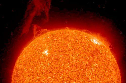słoneczna tarcza