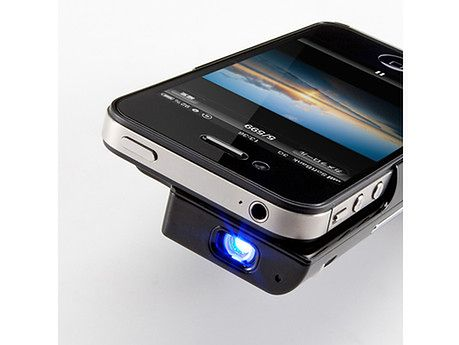 jak podłączyć iPhonea do projektora