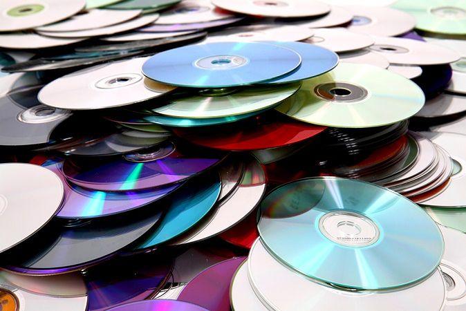 Zdjęcie płyt pochodzi z serwisu shutterstock.com
