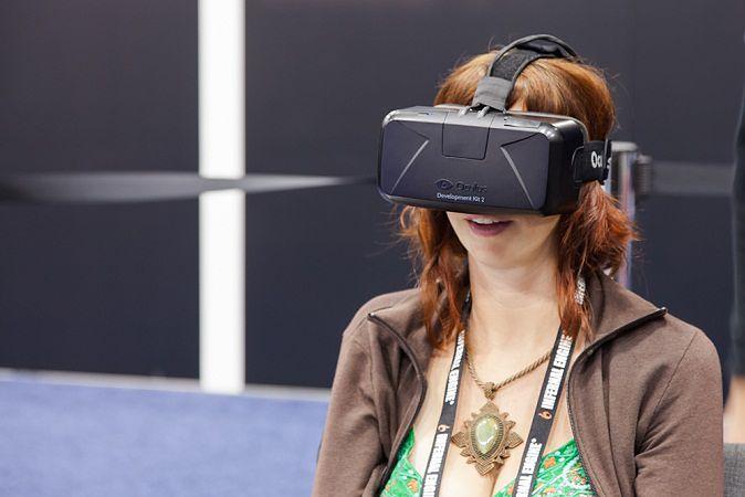 Zdjęcie Oculus Rift pochodzi z serwisu Shutterstock
