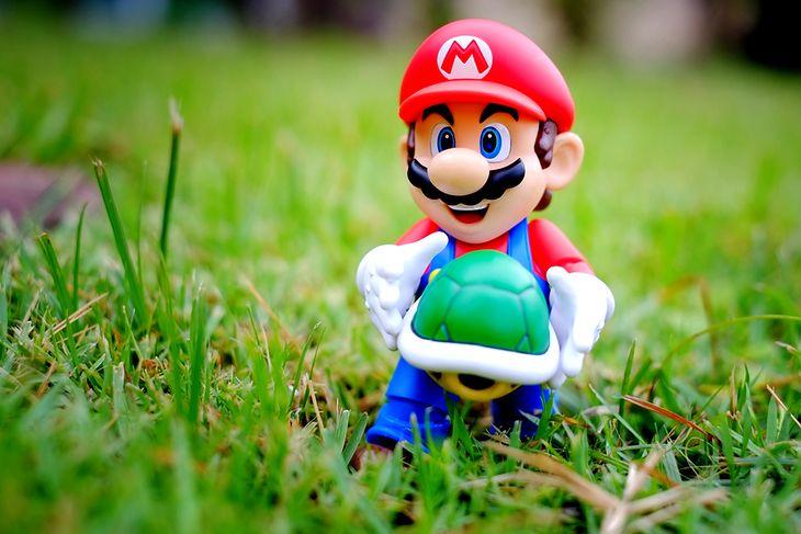 Zdjęcie figurki pochodzi z serwisu shutterstock.com