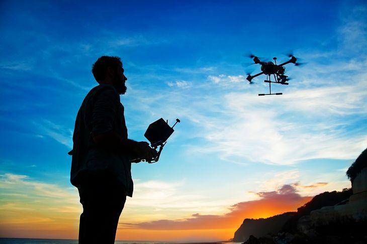 Jaki dron do 1000 złotych? Podpowiadamy