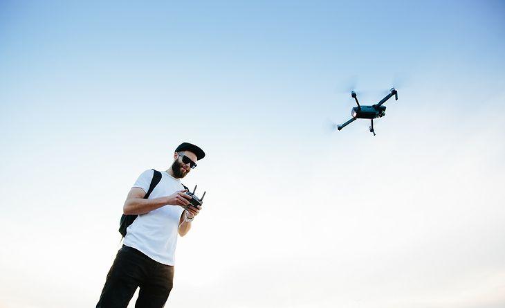 Jaki dron kupić na początek?