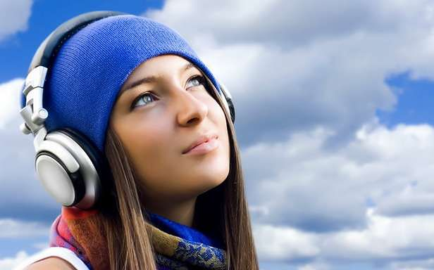 Facebook udostępnia wspólne słuchanie muzyki (Fot. Wallz.eu)