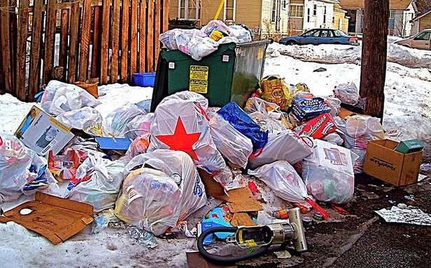 Nie pozwól, by Twoja skrzynka zamieniła się w śmietnik! (Fot. Flickr/chrstphre/Lic. CC by)