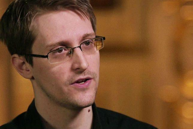 Edward Snowden w programie Johna Olivera